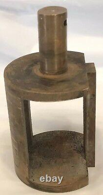 Vintage Brass Fire Truck Hose Adaptor Adapter 3 to 2.5 With Interior Valve