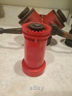 Brass Vintage 2 Way Fire Hose 2 Gated Avec Nozzles