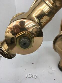 Laiton Massif Antique À Trois Voies Collecteur Pour Tuyau D'incendie