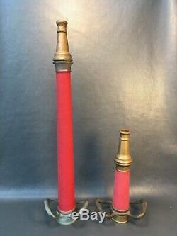 Lot De Deux Vintage Red Cord Laiton Jouer Tuyau D'incendie 30 Buses In. & 15 Dans