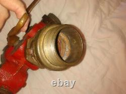 Tuyau D'incendie En Laiton Vintage Powhatan Three Way Splitter Nozzle