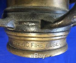 Unusual Heavy Brass Vintage Double Poignée Buse Par Fabric Feu Flexible Company