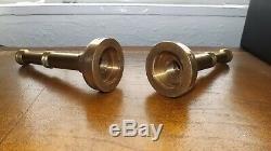 Vintage Brass Hose Nozzle Bougie Sticks Près Paire Laiton Lourd