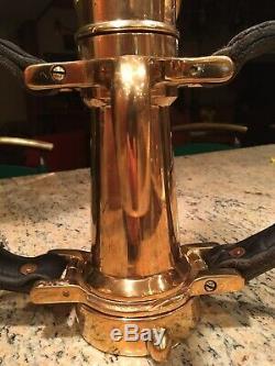 Vintage D. Larkin Mfg. Dayton Dans L'ohio U. S. A. 2 1/2 Po. Brass Incendie Buse