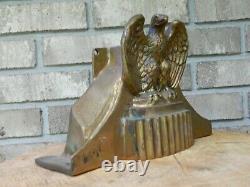 Vintage Elkhart Brass Ornate Eagle Armoire D'accessoires De Moteur De Feu / Montage