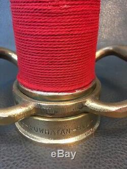 Vintage Powhatan Laiton 30 Pouces 2 1/2 Pouces Feu Buse Jeu Tuyau Avec Cordon Rouge