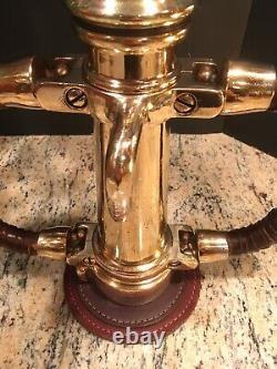 Vintage Wooster 21/2 Buse De Feu En Laiton Par Akron Brass Co. / Leather Hd